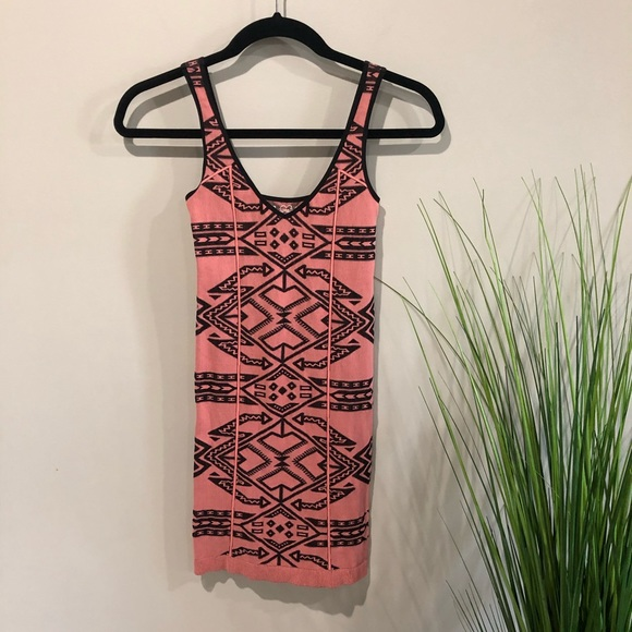 Free People Dresses & Skirts - Free People dress Aztec pink XS/S